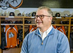 Lamar Hunt Jr. in Missouri Mavericks locker room